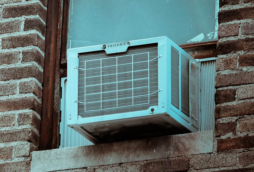 How to Clean a Window Air Conditioner?